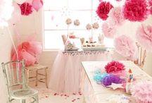 Party Deko: Ballerina Geburtstag / Party Deko für Deinen Ballerina Geburtstag. DIY, Ideen, Dekoration, Styling, Snacks, Food, Selbermachen, selber machen, selbstgemacht, Papier, Basteln, Feste, Feiern, Einladung, Printable, Freebie