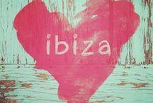 Ibiza / Ik vind de Ibiza-style erg leuk, het eiland is prachtig, alleen dat geparty en dure strandtenten hoeft voor mij niet! Op dit bord een verzameling Ibiza-gevoel: het eiland, huisjes, bloemen, kleding en hippie accessoires.