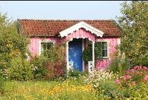 Dreamhouse / Ik woon leuk en ben blij met mijn huis, maar nouja, zo mooi als deze huizen zal het nooit worden. Ach, je mag blijven dromen....