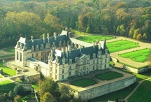 Luxurious French Chateaux