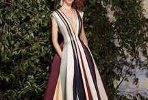 WHAT A DRESS!!