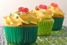 Food - Cupcakes / by Rebecca N