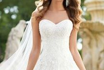 Gorgeous Gowns! / From modern mermaid to vintage lace, a gal's gown should be as good a fit as her groom is.