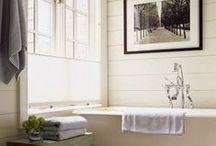 i want a new bathroom / by Amber Schmitz