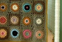 Crochet Motifs / Crochet motifs patterns, granny squares, tips and tricks.