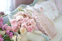 Romantic Homes & Cozy Interiors