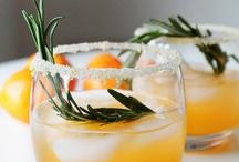Drinks / by Hannah Becker
