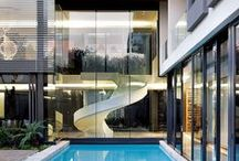 Modern Architecture / What defines a modern home? Learn more about modern home features from mid-century to new modern.