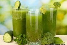 Juicing & Smoothies / by Brigitte Dilbeck
