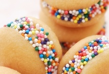 Sweet Treats / by Stacy Froyen