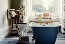 .Washrooms. / by Tanya May