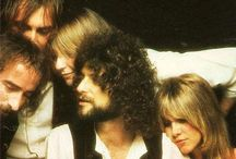 Fleetwood Mac / Images of a band and it's members