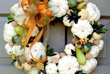 Wreaths - Weird And Wonderful ones.. / by Helle Collin