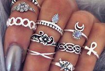 Stile: Gioielli / Style: Jewelry