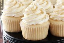Cupcakes / Cute and Delicious Cupcake Recipes #cupcakes #recipes   Request to be a contributor: http://www.bakingbeauty.net/contact/