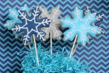 Throw a FROZEN Theme Party / Frozen can be a theme for ALL AGES!  Here's How! / by Stumps Party