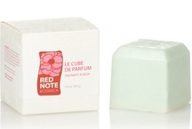 St Patrick's Day Fragrances / Your new BFF, super fun perfume cubes on the go!  Pop them in your purse to refresh your fragrance and hydrate your skin with a magical sweet across pulse points, neck, decollete, legs and arms.  Natural shea butter and nutrient rich apricot, avocado, and sunflower oils melt onto your skin with long lasting fragrance.  Ideal for the gym, office, around town, on a date, on a plane.  Please keep refrigerated when not in use to optimally retain shape and fragrance.  Get  luscious, lassies! ($45.00)