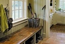 Entryways/Mudrooms/Laundry Rooms