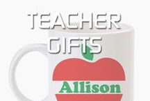 Teacher Gifts / Show your teacher some love! We've collected some adorable and sentimental teacher gifts to give year-round! (especially when your kiddo needs a little extra credit...chocolate can't hurt, right?) Perfect for beginning or end of the school year gifts. Personalized teacher gifts, DIY teacher gifts and easy craft teacher gifts - we've found a bunch for you to choose from!