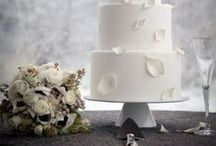 anna bé weddings :: cakes / The wonderful cakes from the real weddings of our beautiful anna bé brides!