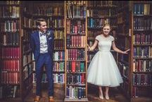 { Literary Wedding Inspiration } / One for the bookworms! How to give your wedding a classy and fun literary theme.