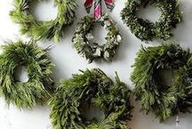 Holiday Decor / Holiday decorating tips and tricks.  // holiday decor | decorating for the holidays | winter decor | Christmas decor | decorating for Christmas | decorating for winter | holiday home decor | Christmas home decor //