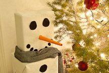 Christmas / Do you wanna build a snowmannnn / by Ashtyn Fitzsimonds