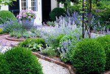 2/Garden ideas, Porch and Beautiful Backyards  / by Hellen