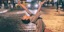 CONLEYS ♥ Urban Ballerina / So funktioniert der coole urban Ballerina-Look: man nehme ein bisschen Tutu und Spitze und eine Prise Streetlook. Der Ballerina-Look steht diese Saison hoch im Kurs. Wie man am besten als Prima Ballerina durchs Leben tanzt, erfahrt ihr hier!