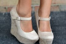 Shoes, Jewelry, Handbags & Accessories / Shoes, jewelry, handbags, and cute accessories.   / by Kayla Harper