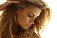 Hair & Make-up & Beauty, Oh my! / by Rachel Mullen