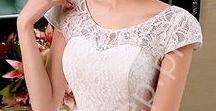 Ślub / Wedding / Wedding dresses. Cheap white dresses. Clasic, marmaid, A-line. Suknie ślubne. Tanie suknie ślubne zdobione koronką, kryształkami. Skromne klasyczne suknie ślubne. Suknie bez ramiączek.