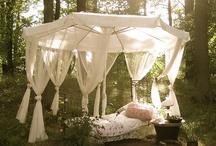 Teepees, Tents & Caravans..