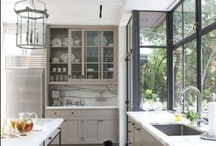 Kitchen / Beautiful kitchen spaces and useful gadgets for cooking.