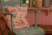 ♥ Chairs