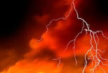 Awesome Nature Pics: Wild Weather / by Jeanette Swalberg