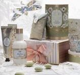 SABON Gift Guide: Mother's Day / The perfect guide to help celebrate the special women in your life this Mother's Day, while introducing your same favorite products in our new Almond fragrance.