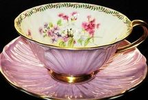 Glass China and Teacups / by Blanca Pereira
