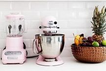 Creative Kitchen / Kitchens, accessories, decor, and style that inspire us.