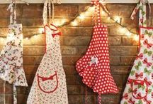 Festive Holiday / We love the holidays! The lights, the decorations, the deliciousness (the parties!). So many perfect moments to don our favorite aprons. Check out some of our inspiration for a holiday to remember - decor, table settings, trees, wreaths, and of course...the feast!
