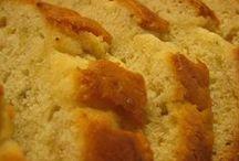 Breads & Rolls / by Mischelle Poundstone