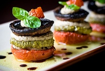 Vegan Recipes / I'm always looking for new vegan recipes, whether in vegan cookbooks or just by trolling the internet. I love the gorgeous pictures of food people find on Pinterest!