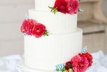 Stunning Cakes / by anna and blue paperie