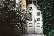 Pretty Doors / by Ashley Harper