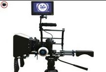 FE2201 DSLR Omuz Aparatı / Profesyonel kameralarla ve HD SLR makinalarla sarsıntısız mükemmel çekimler yapmak için kullanışlı bir destekleyiciler. Rezervasyon & Bilgi için: 0533 548 70 01 info@filmekipmanlari.com  http://filmekipmanlari.com/kiralik-dslr-omuz-aparati/
