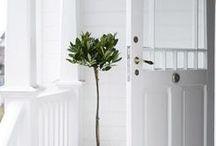 Design Style: White / by Billie Henninger