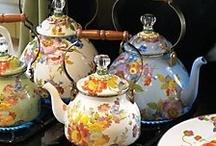 spot of tea - bule - chaleira / by Elzi Silva