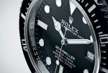 ROLEX SEA-DWELLER 4000 / A legendary diver's watch... 40 mm, waterproof to a depth of 1,220 metres (4,000 feet), Cerachrom bezel, Chromalight luminescence, blue Parachrom hairspring and Rolex Glidelock bracelet extension system.