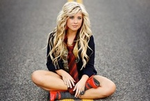 Senior portrait & Single person photo ideas / by Crystal Browning