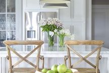 White Kitchen Inspiration / All the most amazing white kitchens we could find to inspire our own home!